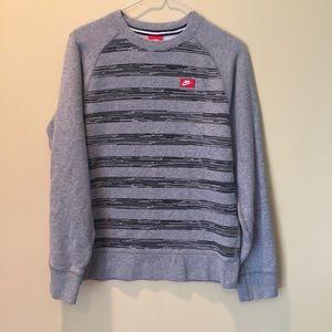 Nike sweatshirt EUC S